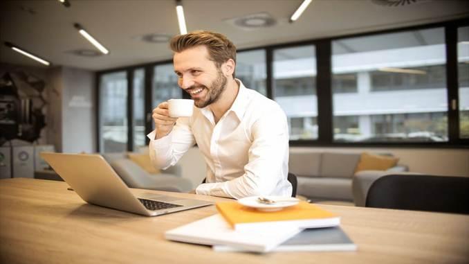 Informasi Lowongan Pekerjaan Perusahaan Jasa