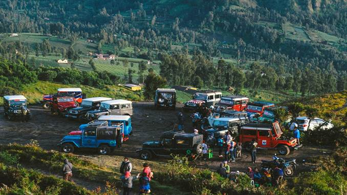 paket-tour-dieng-travel