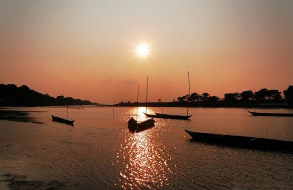 waktu matahari terbit dan tenggelam