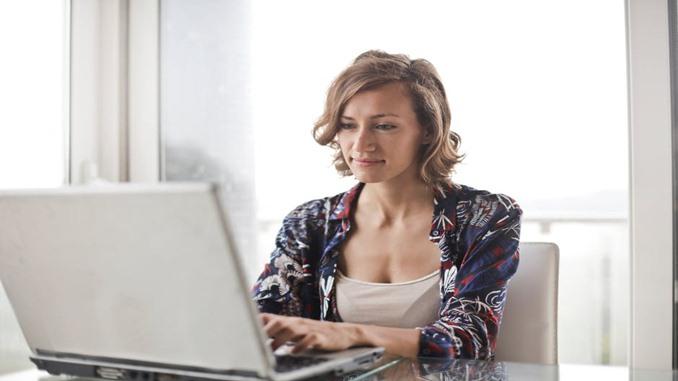 daftar tugas karyawan bagian keuangan
