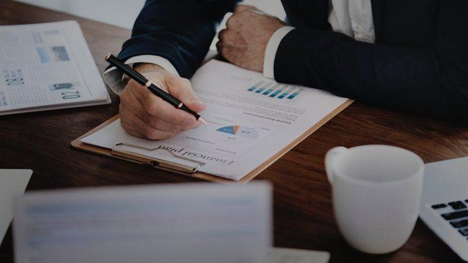 Analisis Laporan Keuangan Perusahaan Jasa
