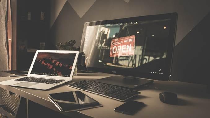 Membuat Laporan Keuangan perusahaan startup IT