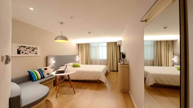 harga kamar tourist hotel