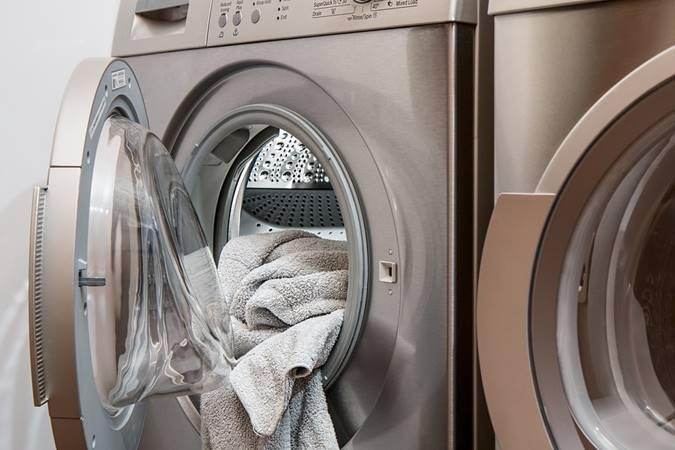 contoh laporan keuangan laundry