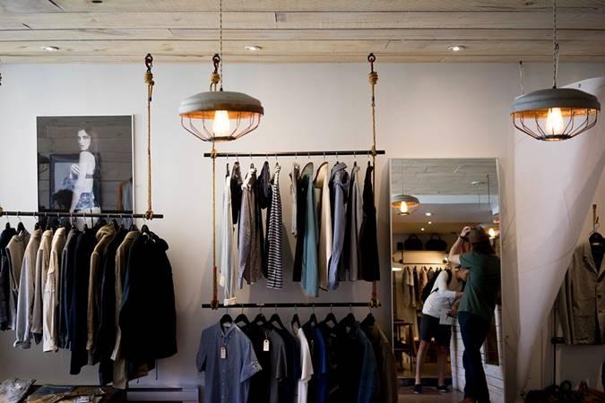 laporan keuangan toko baju