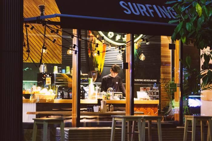 usaha kafe