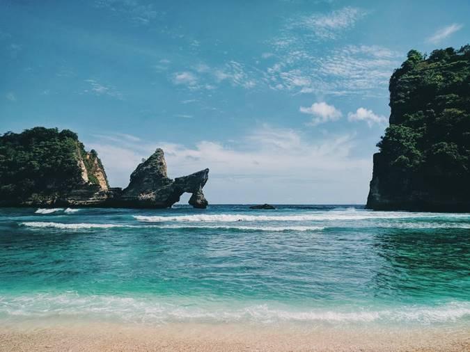 Batu karang pantai