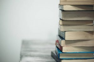 Biografi Singkat Tokok Penulis Keuangan